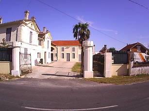 Vente maison 320m² Saint-Christoly-De-Blaye - 320.000€