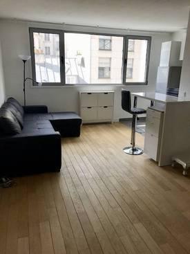 Location meublée studio 33m² Paris 17E - 1.370€
