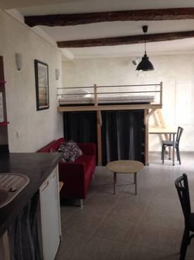 Location meublée studio 32m² Saint-Jeannet (06640) - 450€