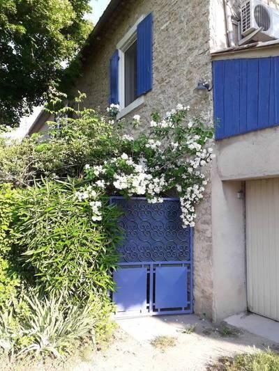 Mas Mitoyen Rénové - Farmhouse For Sale - L'isle-Sur-La-Sorgue