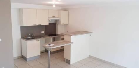 Location appartement 3pièces 66m² Maisons-Alfort (94700) - 1.450€