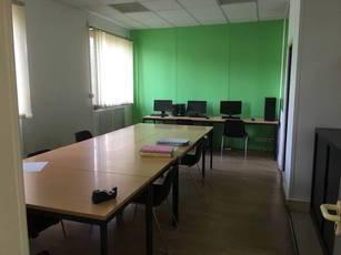 Location bureaux et locaux professionnels 80m² Meaux (77100) - 1.150€