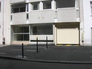 Location garage, parking Paris 15E - 60 €