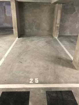 Location garage, parking Lille (59) - 95 €