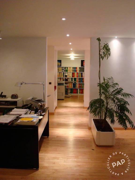 Location Bureaux et locaux professionnels Nimes (30) 96m² 1.373€