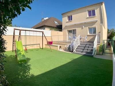 Vente maison 95m² Sainte-Genevieve-Des-Bois (91700) - 409.000€