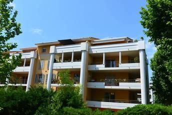 Location appartement 4pièces 85m² Aix-En-Provence (13) - 1.490€