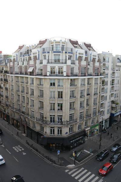Local commercial Paris 3E - 176 m² - 7.627 €