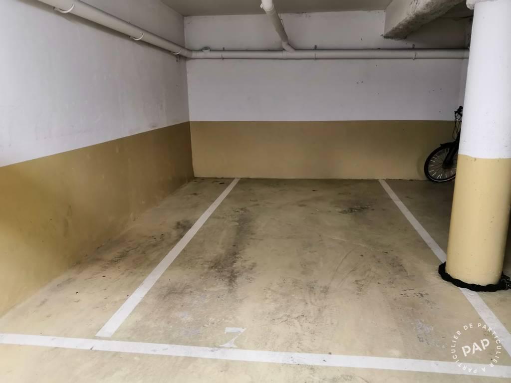 Location Garage, parking Paris 20E  105€