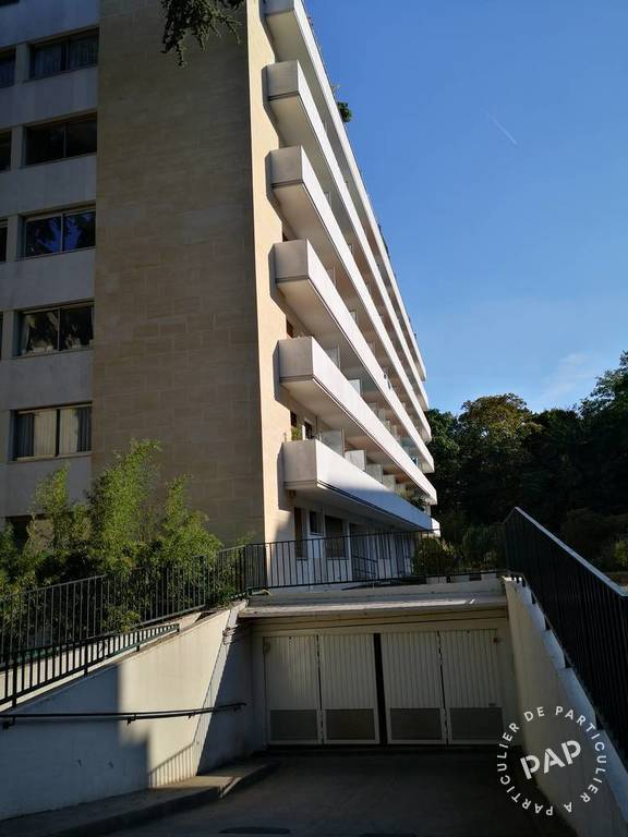 Location Garage, parking Saint-Cloud (92210)