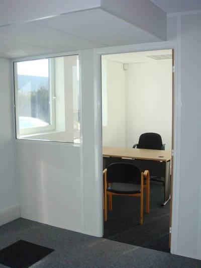 Location bureaux et locaux professionnels 9m² Fresnes (94260) - 420€