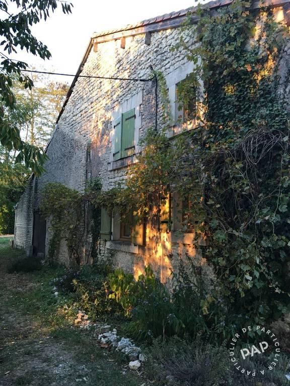 Vente immobilier 240.000€ Lachaise (16300)