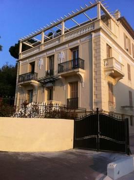 Location meublée appartement 3pièces 55m² Nice (06) - 1.200€