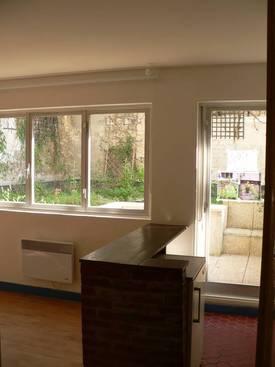 Location meublée studio 24m² Paris 14E - 1.060€