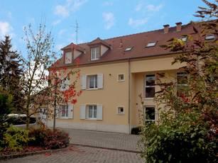 Location appartement 4pièces 82m² Meriel (95630) - 1.120€