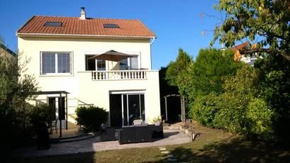 Le Mesnil-Le-Roi (78600)