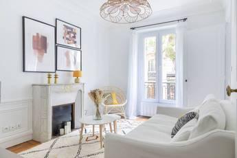 Location meublée appartement 3pièces 45m² Paris 18E - 1.850€