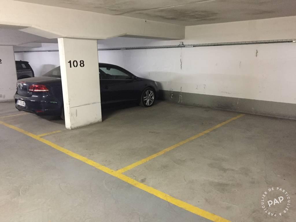 Location Garage, parking Paris 15E  170€