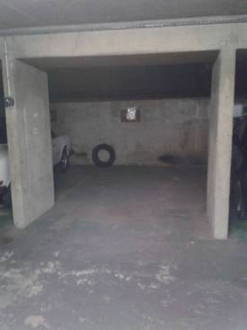 Location garage, parking Paris 17E - 130 €