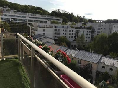 Location appartement 3pièces 70m² Issy-Les-Moulineaux - 1.750€