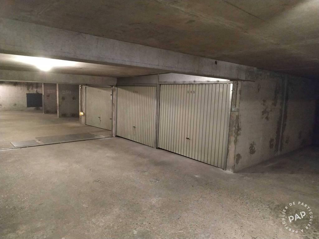Location Garage, parking Lyon 8E