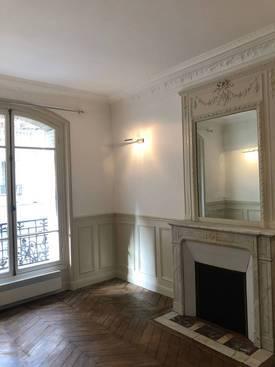 Location meublée appartement 3pièces 55m² Paris 18E - 2.100€