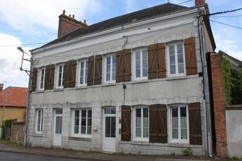 Vente maison 160m² Coullons - 130.000€