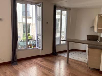 Location studio 25m² Paris 2E - 985€