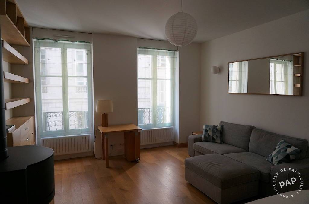 Location Appartement Paris 10E