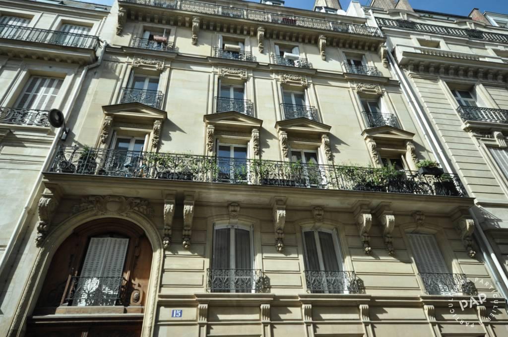 Bureaux et locaux professionnels 1.320€ 17m² Paris 8E