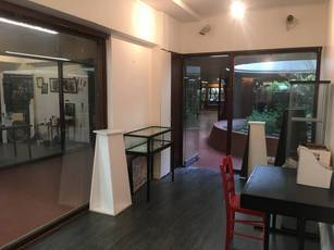Vente local commercial 15 m² Paris 15E (75015) - 161.000 €