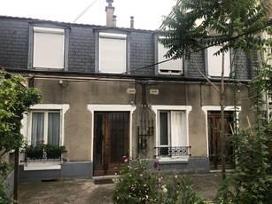 Location appartement 2pièces 40m² Saint-Maur-Des-Fossés - 930€