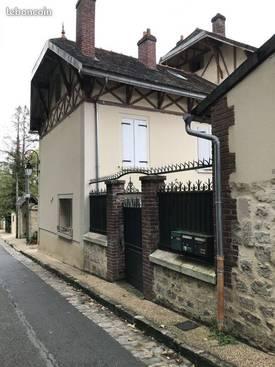 Nesles-La-Vallée (95690)