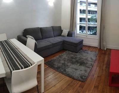 Location meublée appartement 2pièces 34m² Paris 15E - 1.280€