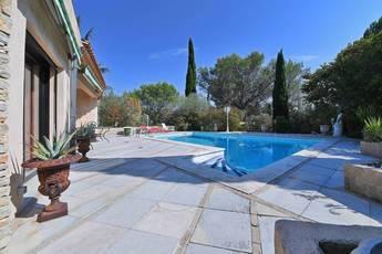 Vente maison 245m² Nîmes - Belle Villa - 548.000€