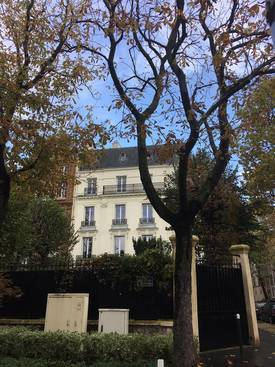 Location appartement 3pièces 92m² Neuilly-Sur-Seine - 2.900€
