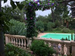 Rénovée Avec Jardin D'exception