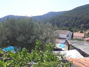 Location appartement 2pièces 40m² Solliès-Toucas (83210) - 650€