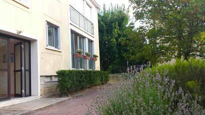 Location appartement 2pièces 41m² Croissy-Sur-Seine (78290) - 900€