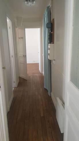 Location appartement 2pièces 39m² Paris 18E (75018) - 1.190€