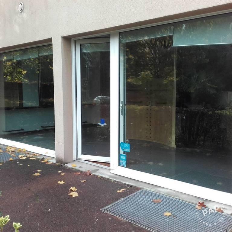 Location Local commercial Marolles-En-Brie (94440) 40m² 890€