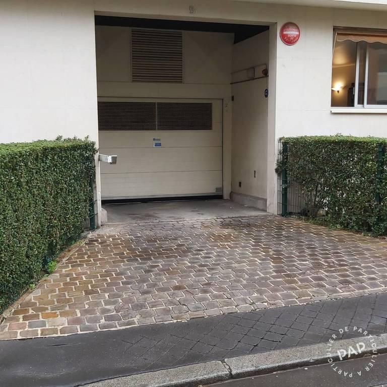 Location Garage, parking Paris 15E (75015)  110€