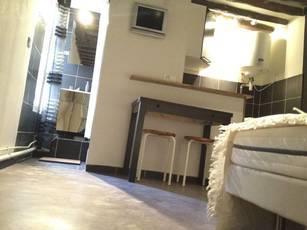 Location meublée studio 15m² Paris 1Er (75001) - 850€
