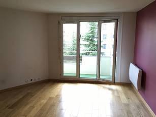 Location appartement 3pièces 73m² Paris 10E (75010) - 1.850€