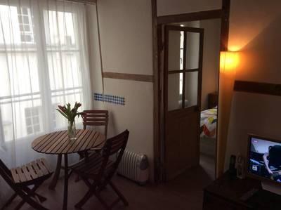 Location meublée appartement 2pièces 28m² Paris 4E (75004) - 1.195€
