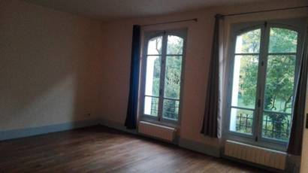 Location studio 40m² Versailles (78000) - 730€