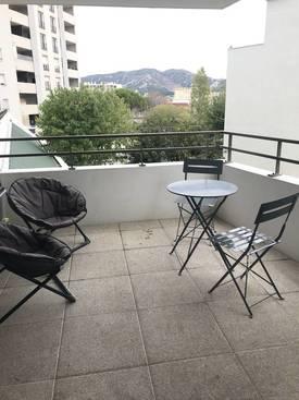 Location appartement 3pièces 61m² Marseille 8E (13008) - 820€