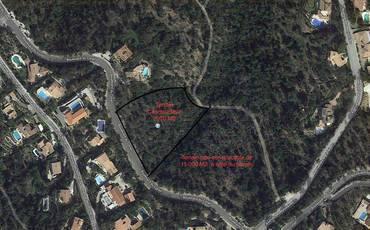 Vente terrain 2.070m² La Londe-Les-Maures (83250) - 330.000€