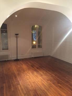 Location appartement 2pièces 56m² Saint-Maur-Des-Fossés (94100) - 1.100€