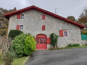 Vente appartement 4pièces 88m² Saint-Jean-De-Luz - 260.000€
